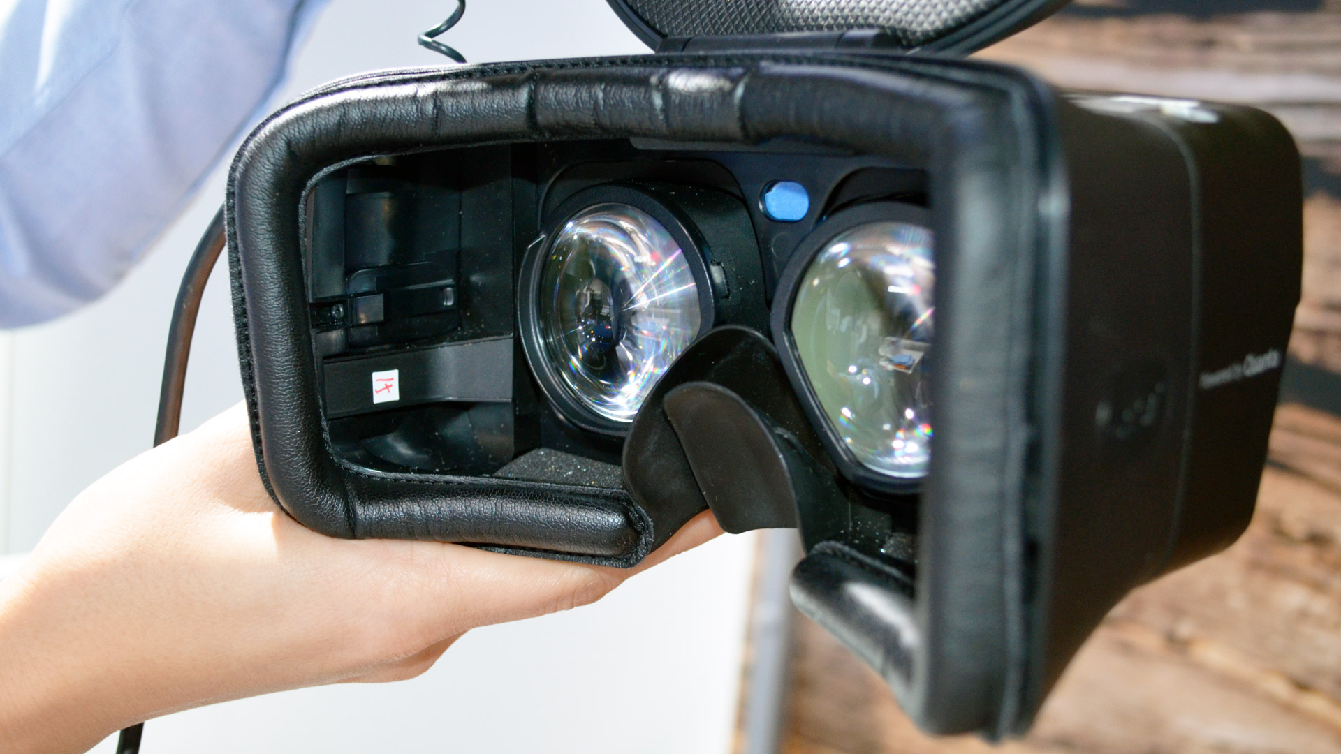CES 2019: Qualcomm VR Reference Headset Has 2x Pixels of Vive Pro