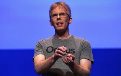 """Oculus' John Carmack Moves to """"Consulting CTO"""" to Spend Less Time on VR"""