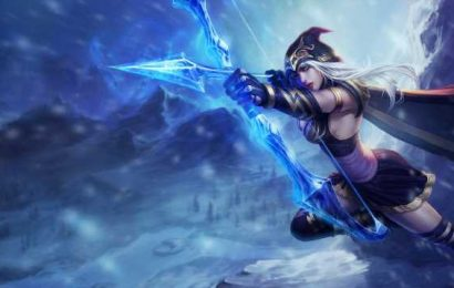 League of Legends player's perfectly-timed Ashe arrow saves teammate from across the map