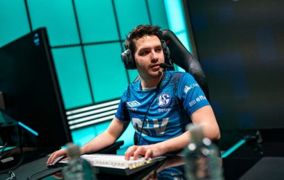 """Schalke 04's Odoamne: """"I think going 0-4 took its toll on us, and we're starting to play more and more scared of losing"""""""