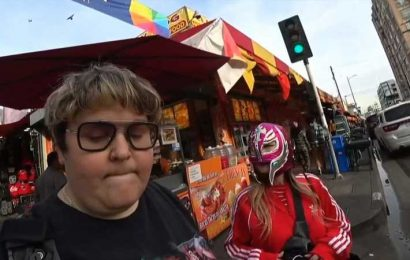Andy Milonakis Saves Woman In Strange Livestream