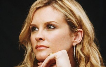 Bonnie Somerville Net Worth 2020, Career, Personal Life