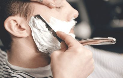 4 Reasons Why You Should Start Shaving With Straight Razors