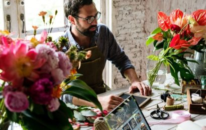 Keys to Running a Successful Flower Shop in 2020