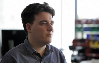 Palmer Luckey 'Really Believed' Oculus Wouldn't Ever Require Facebook