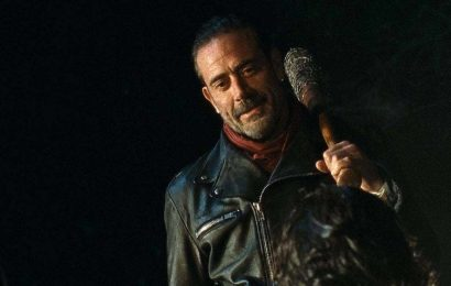 The Walking Dead's Negan Is Now A Magic The Gathering Card