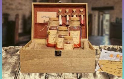 The DnD 5e Herbalism Kit Is The Perfect Gift For Your Group's Healer – And You
