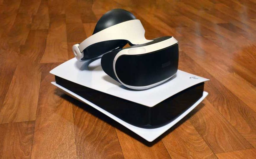 "Next-Gen VR Dev Kits for PS5 Shipping Soon with ""completely new VR format"" – Road to VR"