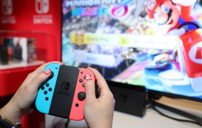 Report: New Nintendo Switch model planned with bigger OLED screen, 4K output