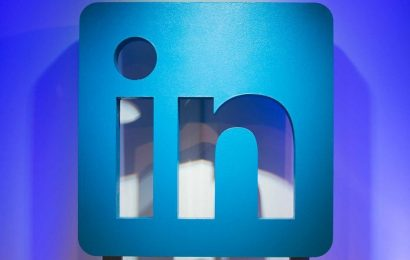 LinkedIn lets marketers 'boost' organic posts and promote events