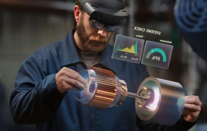 Microsoft is 'Absolutely' Working Towards a Consumer Hololens
